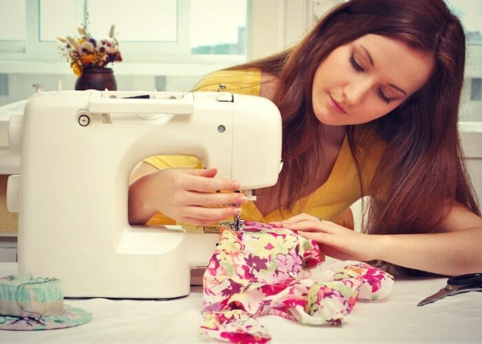 Tips For Buying The Best Serger Sewing Machines
